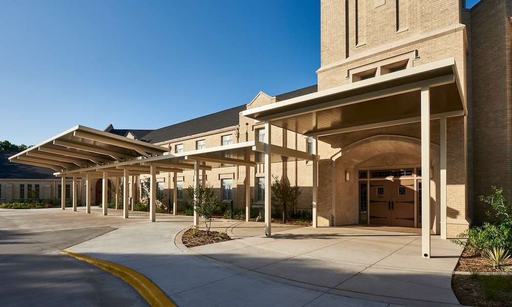 first united methodist church waxahachie parking lot and front facade Gallery Images