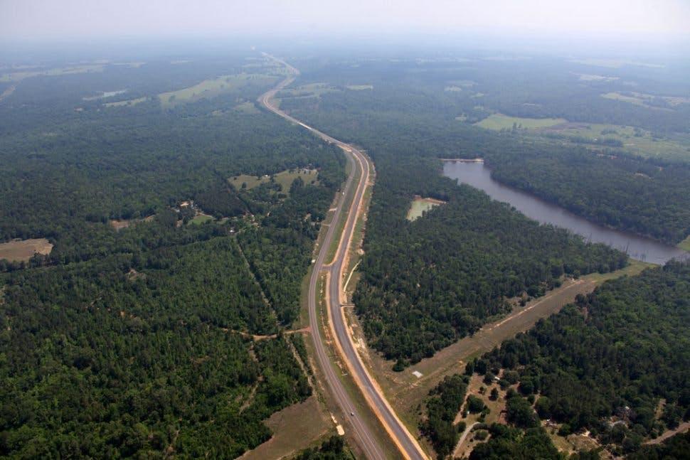 Highway/Ralway 4