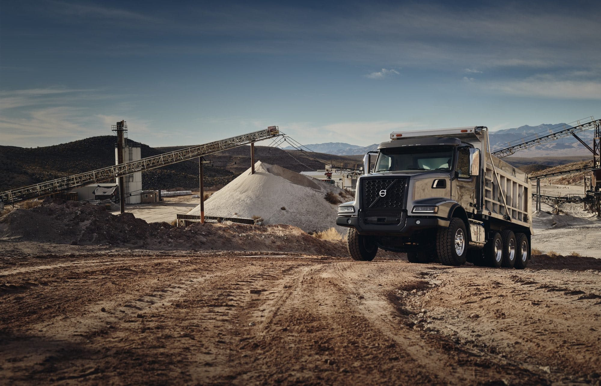 Volvo Trucks introduces new VHD cover image
