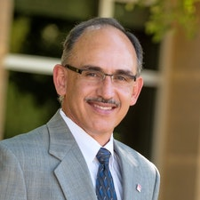 Larry Valdez, PE