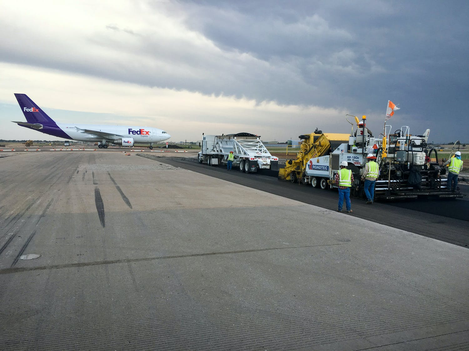 Lubbock Runway 17R-35L Project Wins TSPE Award