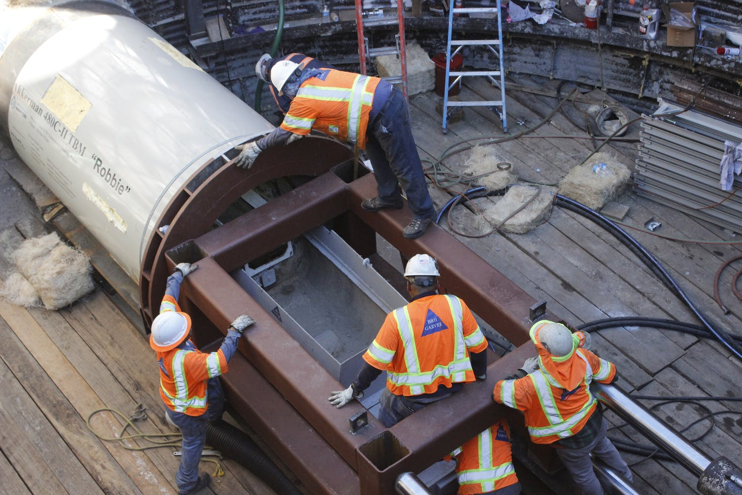 El Paso Water Writes About How Teamwork Fosters Tunnel Project cover image